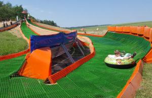 atrakce snowtubingová dráha pro děti v areálu skalka family park ostrava